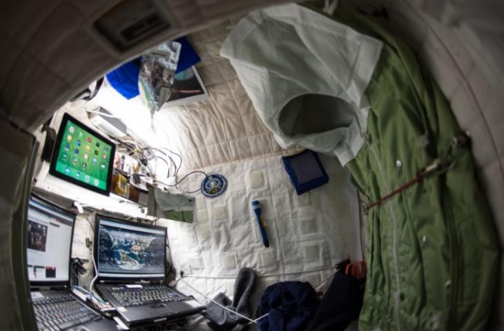 Mantan astronot NASA itu menceritakan pengalaman tidurnya di luar angkasa