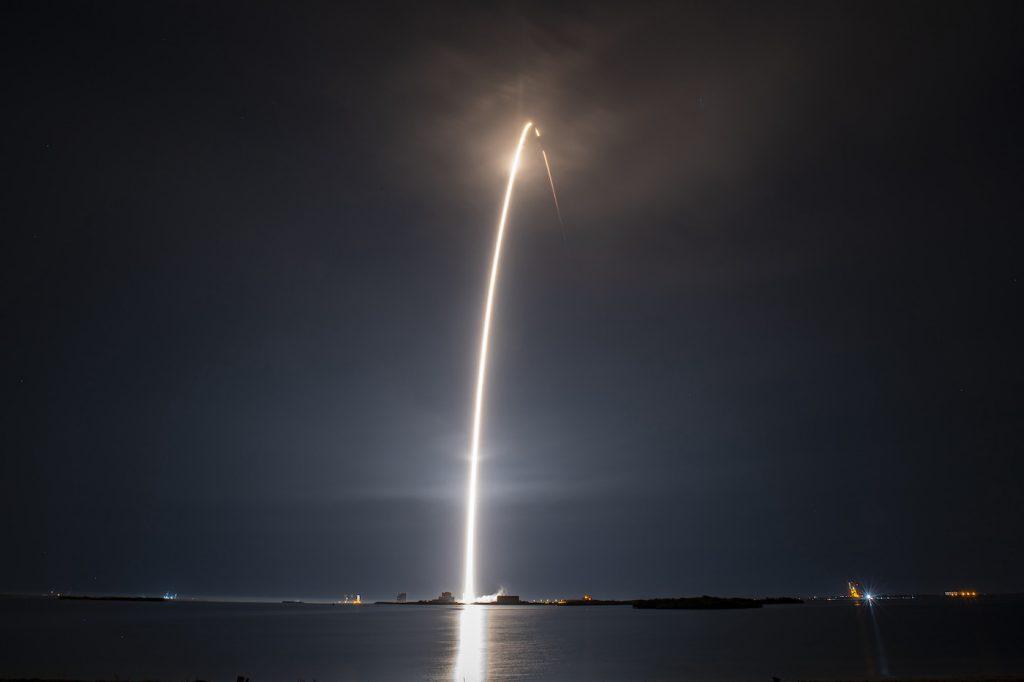 SpaceX meluncurkan peluncuran Starling Internet Network ke-25
