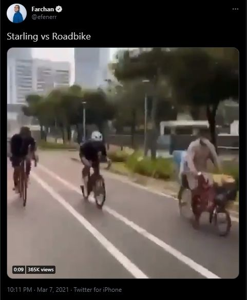 Balap viral melawan pedagang burung jalak dan pengendara sepeda jalan raya (Twitter).
