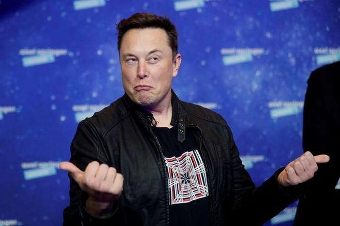 Elon Musk, pemilik SpaceX dan CEO Tesla, di karpet merah untuk Axel Springer Awards pada 1 Desember 2020 di Berlin, Jerman.