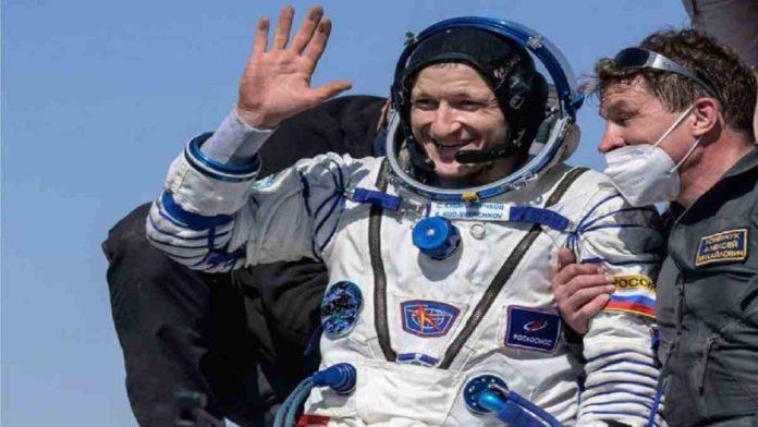 Soyuz MS-17 kembali ke Bumi